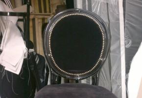 כסא בר מרופד עם מסמר קישוט זהב ו שחור,חריטה ב עץ,עץ בוק דגם לואיג'י