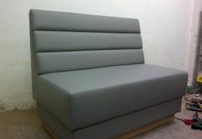 ייצור בוט ( פינת ישיבה ) בהתאמה אישית.ייצור בעץ סנדוויץ ו ספוג כחול